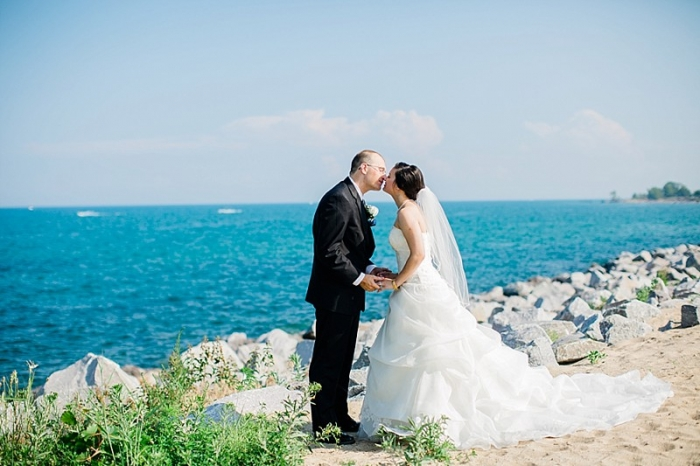 Lake Michigan Beach Wedding Photography In Winthrop Harbor Illinois By Midwest And Destination Photographer Rachael